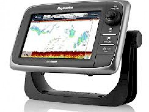 Raymarine E-Series Cycling Back to Home Screen