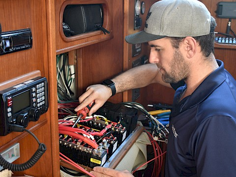 Why You Shouldn't Wait To Tackle Your Fall and Winter Boat Projects
